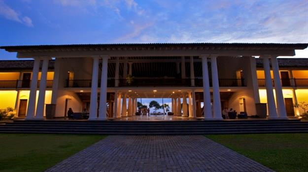 THE FORTRESS RESORT AND SPA *****