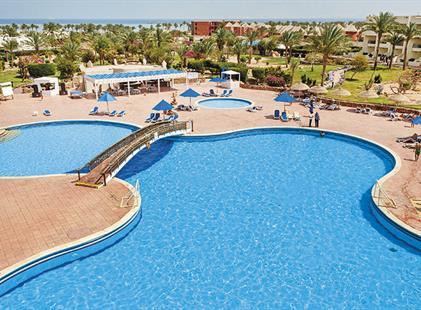 Hotel Aurora Oriental Resort
