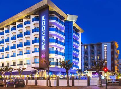 Hotel Parador Beach