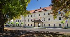 Hotel TEREZIÁNSKÝ DVŮR Hradec Králové