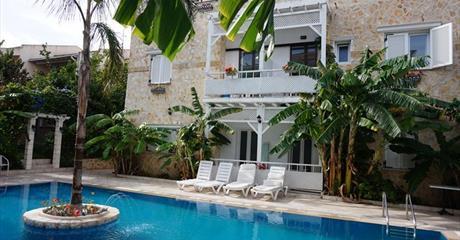 Villa Tasos