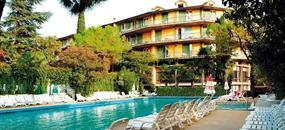 Hotel Palme, Palme Suite a Royal v Garda
