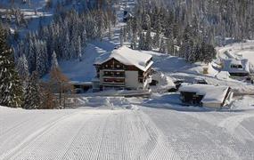 Horský hotel Berghof v Nassfeldu - na sjezdovce