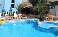 Bazén u hotelu