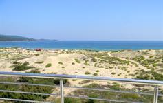 Výhled na severní pláž z některých pokojů