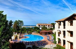 Пчивка в Сардиния в хотел Lindbergh Cala Della Torre, Premium