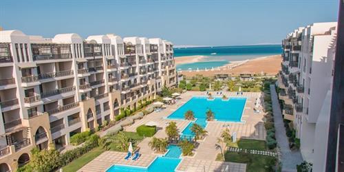 Почивка в Египет в Samra Bay Resort