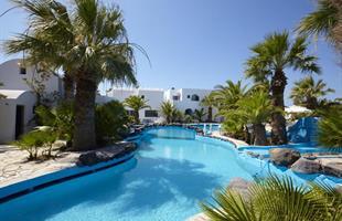 Майски празници остров Санторини в хотел Fennix Collection
