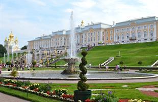 Величието на Русия - Санк Петербург и Москва, начало на Белите нощи