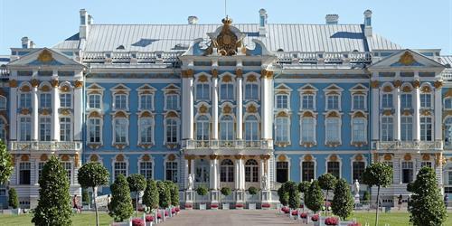 Санкт Петербург в пика на Белите нощи