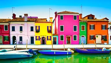 Benátky a ostrov krajek Burano