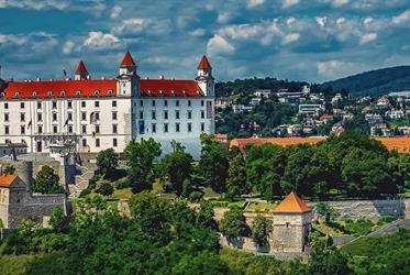 Bratislava s plavbou po Dunaji - jednodenní zájezd