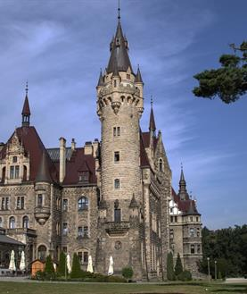 Zámek Moszna a historická Opole