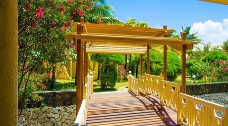 Silver Beach hotel 3: Divoké východní pobřeží Mauricia
