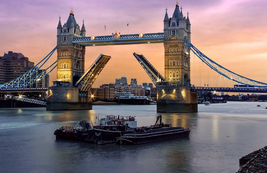 místa k připojení v Londýně Věk země