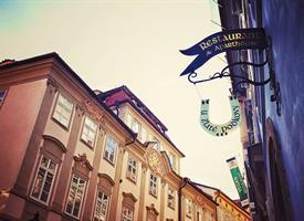 Hotel U Zlaté podkovy, Praha, Víkend v Praze
