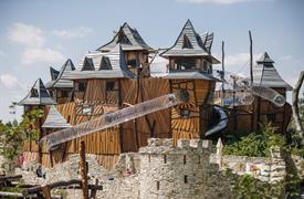 Pohádkový výlet - Zámek Staré Hrady a zábavný park Mirakulum