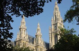 Poklady Aztéků na výstavě ve Vídni a gotická katedrála sv. Štěpána