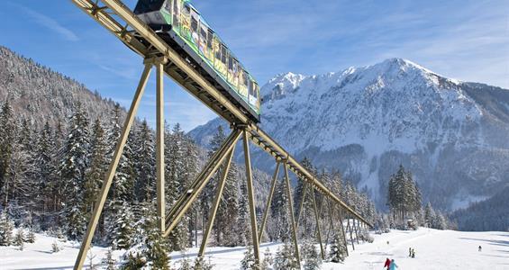 Vánoční lyžovačka v Alpách