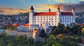 Adventní Bratislava A Zážitkové Termální Lázně Györ