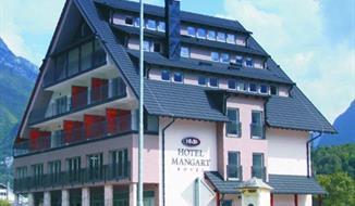 LYŽOVÁNÍ v Bovci Hotel Mangart