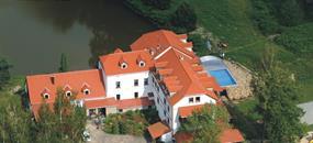Penzion Restaurant Borovanský Mlýn