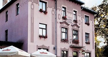 GRAND - Řevnice u Karlštejna - TÝDEN BLÍZKO KARLŠTEJNA
