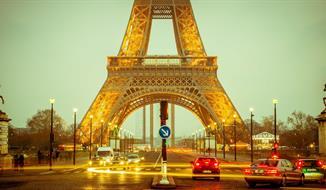Silvestr v Paříži - VÍTÁME ROK 2020 POD EIFFELKOU !!! JEN ZA 2.399,- KČ A TAXY !!!