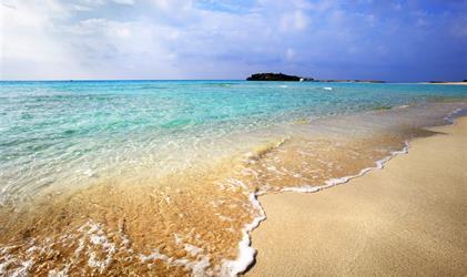 Kypr nejen pro seniory - Adams Beach