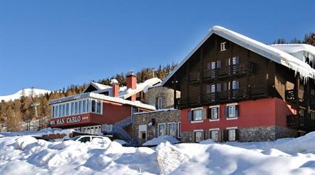 Hotel Alpen Villagge