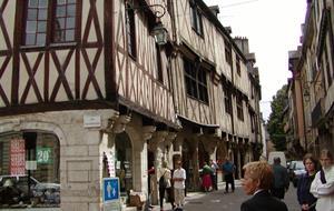 Beaujolais a Burgundsko, kláštery a slavnost vína 2019