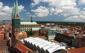 Hamburk, Lübeck, architektura a ostrov Rujána