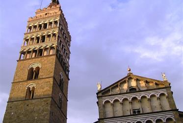 Karneval ve Viareggiu, Lucca a Pistoia 2020