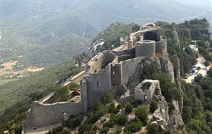 Languedoc a Roussillon, země moře, hor a katarských hradů s koupáním 2020