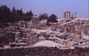 Řecko, za starověkými památkami letecky 2020