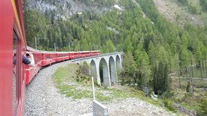 Švýcarské železnice a Rhétská dráha UNESCO 2020