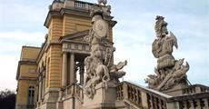 Velikonoční Vídeň, Schönbrunn, Niederweiden, Schloss Hof po stopách Habsburků 2020