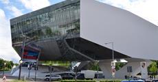 Stuttgart a zážitková muzea techniky (Porsche, Mercedes a Concorde) 2020