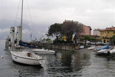 Nejkrásnější italská jezera a zahrady 2021