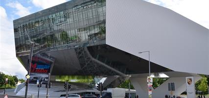 Stuttgart a zážitková muzea techniky (Porsche, Mercedes a Concorde) 2021