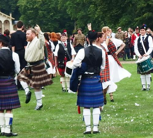 Frýdlandským výběžkem za přírodou, pivem, whisky a Skotské hry 2021