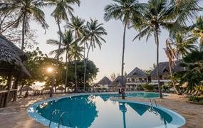 Paradise Beach Resort (4) - All inclusive