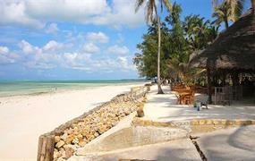 Bluebay Beach Resort & SPA (5)