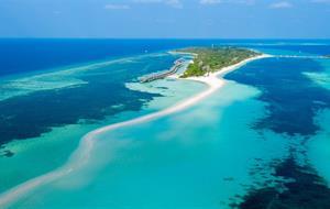 Kuredu Island Resort & Spa 4 1. dítě do 14ti let ubytování a strava ZDARMA