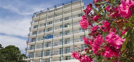 Bluesun Hotel Neptun & Depandance Maslinik - léto 2021