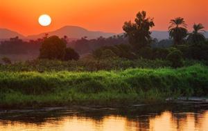 Plavba po Nilu s česky mluvícím průvodcem a pobyt u moře