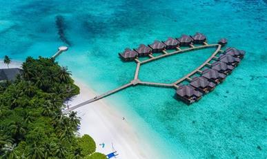 Fihalhohi Island Resort ****