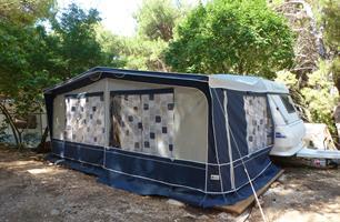 Kemp BOBAN - karavany LUX (nabídka pro skupiny)