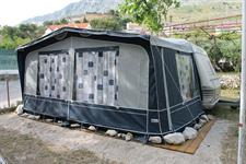 Kemp MORE - karavan LUX KLIMA