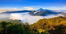Jáva, Bali, Bromo (aktivně s výstupem na sopku)